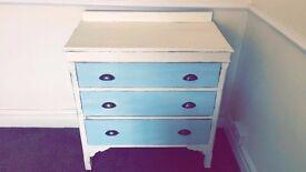 Shabby Chic drawers / dresser / sideboard