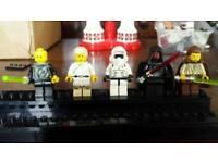 5 Lego Star Wars figures