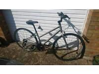 Ridgeback Women's Hybrid Volicty bike