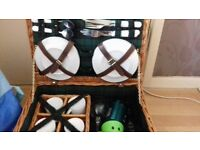 Wicker picnic basket + extras