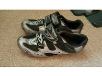 Specialized cycle shoe