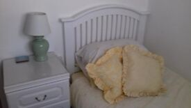 Attractive small single room available.