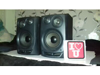 AIWA 3 WAY SPEAKERS