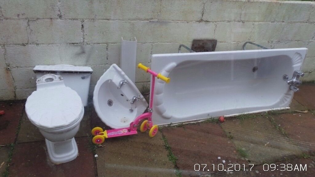 bathroom suite NO TOILET