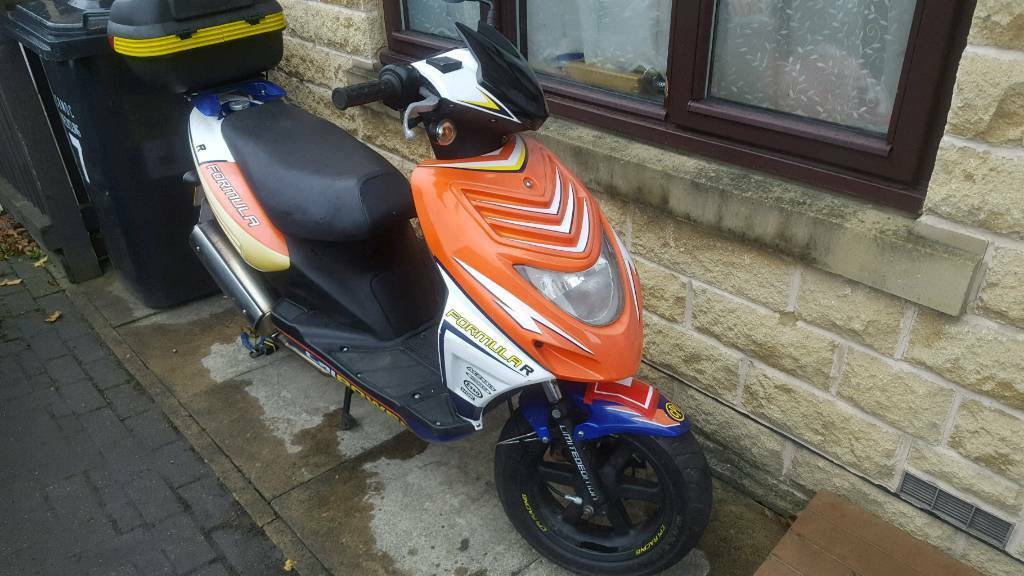 cpi formula r 50cc moped 2009 10 month mot in bradford west yorkshire gumtree. Black Bedroom Furniture Sets. Home Design Ideas
