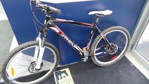 Vélo P020234)