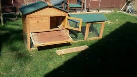 Large guinea pig / rabbit hutch with run
