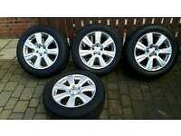 "Genuine 19"" Landrover Alloy wheels"