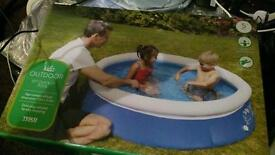 5ft outdoor pool new