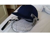 Medium size cricket helmet