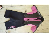 Ladies size 8 Shortie wetsuit