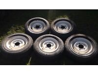 5x Land Rover Defender Steel wheels with tyres.