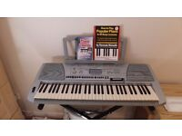 Electronic Keyboard PSR-450 with Adapter and tutorials - Like brand new