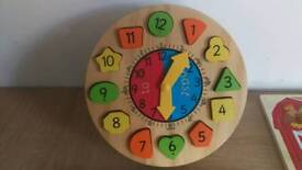 Wooden puzzles x5