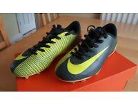 Nike Junior Mercurial Vortex III CR7 Football Boots UK Size 1 EUR 33 Original box