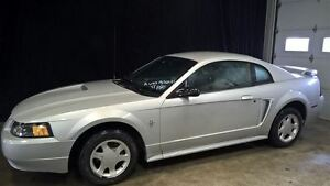2002 Ford Mustang V6 MAGS