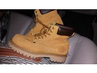 NORTHWEST WORK BOOTS WITH STEEL TOE CAP SIZE 5