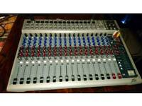 Peavey 16 channels mixer