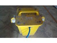 KES 110v site transformer 2 x 16amp outlets 2.5KVA