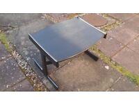 Black wee table