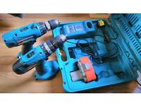 2 Makita drills 18V