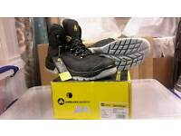 Amblers FS199 safety boots Size 9 Brand New