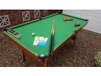 CHILDS POOL/SNOOKER TABLE