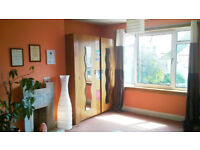 2 Large Double rooms available in Shared House
