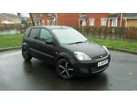 2006 FORD FIESTA 1.4 STYLE, LONG MOT, BLACK WITH 17INCH BLACK AND CHROME 5 SPOKE ALLOYS