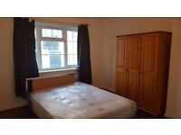 Double room for rent in shepherd's Bush