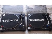 Technics 1210's mk5 with ortofon Concorde needles and kamkase flight case.