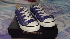 Girls converse size 13 worn very few times