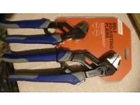 self adjusting halfords pliers