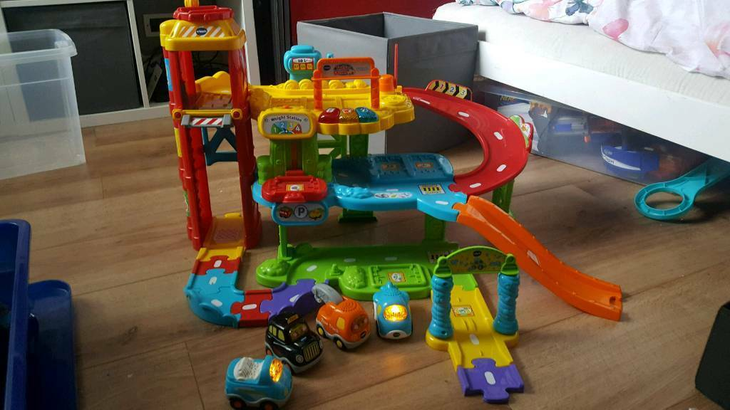 Toot Toot Vtech drivers garage includes 4 vehicles usually 7.99 each!