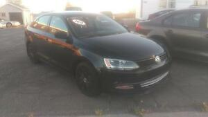 2013 Volkswagen Jetta Tredline plus with AC and heated seats