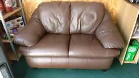 Leather 2 seater sett