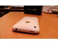 Stunning Apple iPhone 3GS - 32GB - White (Unlocked)
