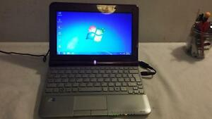 Used Toshiba Netbook with Webcam and Wireless for Sale(delivery available within TRI-CITY)
