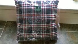 Golfino check cushion in Red/Navy