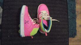 Size 1 girls heelys worn handful of times