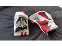 Ice Hockey catcher and blocker, NEVER used!