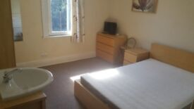 Large Double Fully Furnished Room, Off Rd Parking, Unlimited Wifi, No Admin Fees, All bills inc