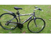 Trek hybrid navigator bicycle