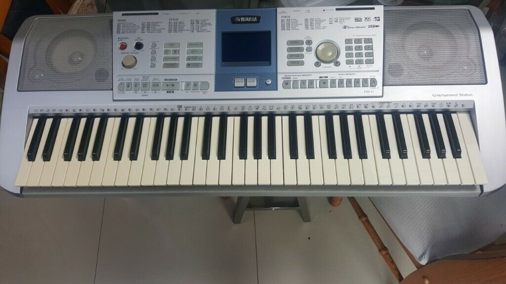Yamaha PSR-K1 Portable Electronic Keyboard w/Power Supply    in Kingsbury,  London   Gumtree