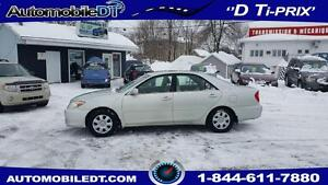 Toyota Camry 2003 AUTOMATIQUE FULL Freins et Disques Neuf! 1995$