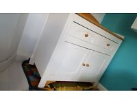 Hemingway Cot/Bed and Dresser Changing Table