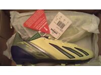Mens Adidas F30 TRX Leather Firm Ground Football Boots. Size 7 UK. BRAND NEW