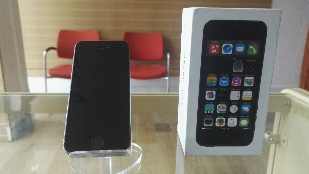 Iphone 5s Unlocked Original Box Warrantyin Ilford, LondonGumtree - Iphone 5s Space Gray 16GB Unlocked Original Working perfect in any network ,comes with box , accessories and warranty Visit my shop SmartZone on Romford road number 698 and postcode E12 5AJ For more details call any time 07438180071 Magazin Romanesc...