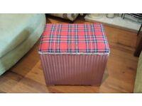 Vintage Retro Lloyd Loom Tartan Laundry Basket Ottoman Linen Basket Toy Box Seat