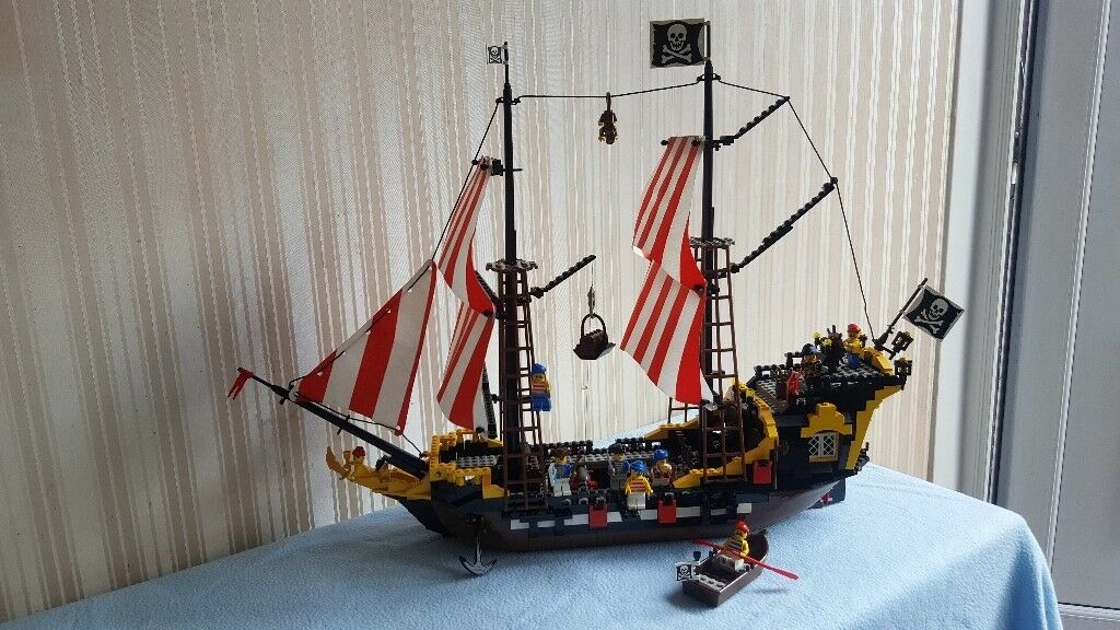 Lego Black Seas Barracuda 6285 Classic Pirate Ship 100 Complete